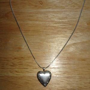 Vtg. 925 Sterling Heart Locket Pendant Necklace